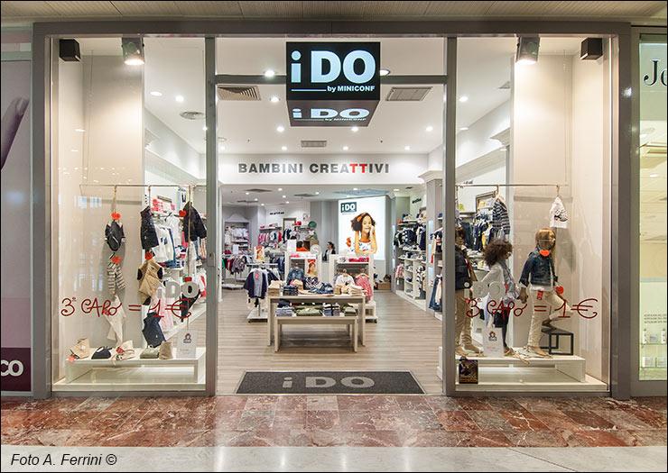 negozi abbigliamento oakley milano | www.tapdance.org - Arredamento Negozio Abbigliamento Yahoo
