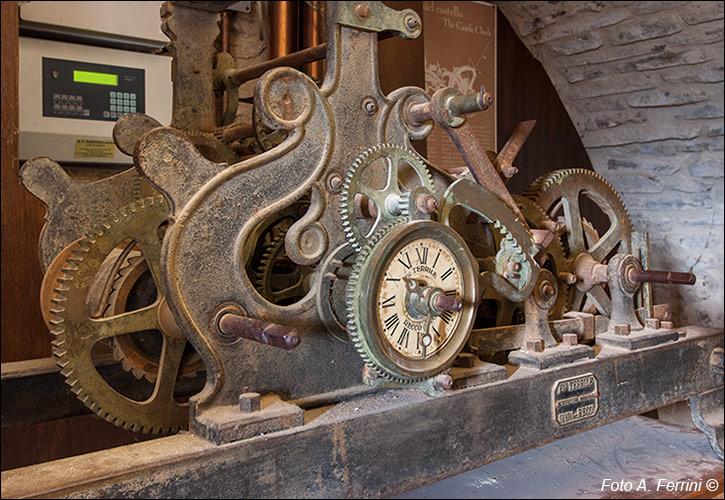 promozione speciale comprare a buon mercato prezzo all'ingrosso Fratelli TERRILE, fabbrica orologi da torre. Recco (Genova)